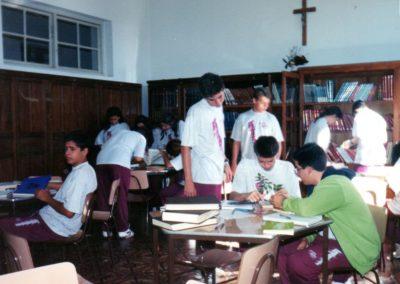 1994 - Alunos na Biblioteca